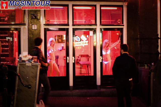 История улиц красных фонарей