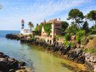 Кашкайш (порт. Cascais) — город и морской порт в Португалии